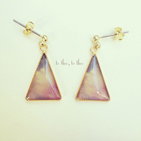 【to thee、 to thee】オーロラのピアス pink