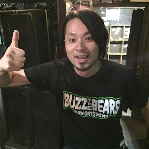 【 BUZZ THE BEARS】RUDIE'S × BUZZ THE BEARS T-SHIRTS(グリーン Sサイズ)